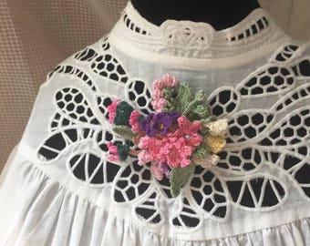 Bouquet Corsage/Clip. Pink flowers.