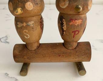 Vintage Wood Owl Salt and Pepper Shakers