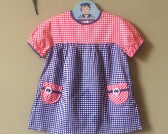 Vintage baby dress / girls vintage dress / girls dress. Toddler 1960s 1970s Blue white red gingham. Childrens vintage. Age 2 years - 3 years
