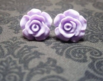 Princess Lavendar Rose Earrings   (iheartpinbags.com)