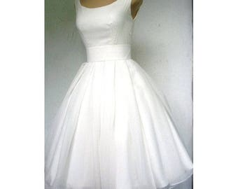 Short civil marriage or religious custom wedding gown