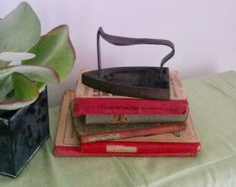 Antique Iron, Wabi Sabi Decor, Clothes Iron, Rustic Iron Decor, Farmhouse Decor, Fireplace, Garment Press, French