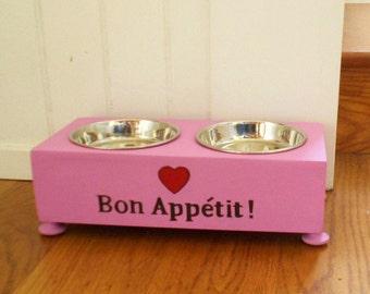 Bon Appetit 2-Bowl Cat Feeder