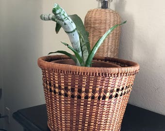 Wood and wicker planter basket