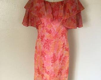 1970s floral dress/shift dress/ruffle dress/pink dress/bohemian dress/-M-L
