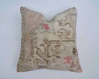 "20"" Faded Neutral and Pink Vintage Turkish Rug Pillow Cover"