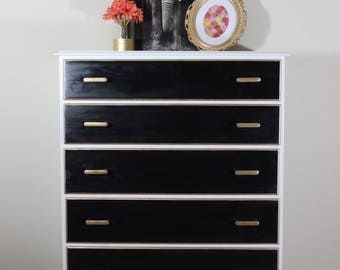SOLD: Dresser / Chest of Drawers / Bedroom Furniture