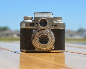 Vintage Bolsey Model C TLR rangefinder film camera