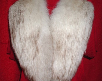 Fox Fur Collar.....Vintage Fox Fur Collar (L)