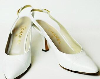 Authentic CHANEL Vintage Cap Toe White Leather Slingback Pumps, Wedding, Bride, Women's Size US 7.5 / 8 | IT 37.5