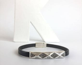 Boho ethnic leather strap and metal