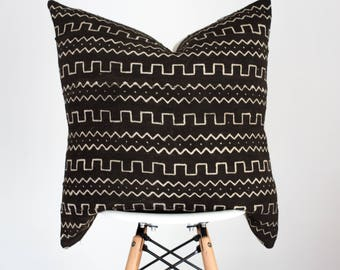 22 x 22 Black with White Design Authentic African Mud Cloth Pillow Cover, Baule Pillow Cover, Boho Pillow Cover