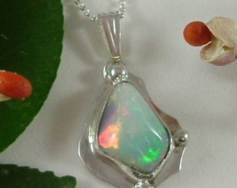 Ethiopian Fire Opal Necklace Sterling Silver Large Gem Statement Necklace Statement Jewelry Red Pink Green Blue Purple Fire 400 G