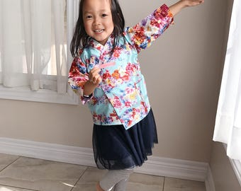 Cotton Kimono Robe for little Girls || Soft Dressing Gown (Flower Power) || Lightweight Outfit and Easy to Wear || for Toddlers