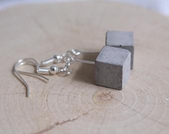 Concrete cube classic Silver earrings