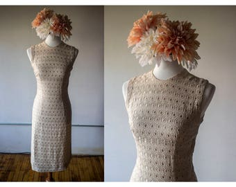 Vintage 1960s Beige Embroidered 'Bodycon' Dress - Size S