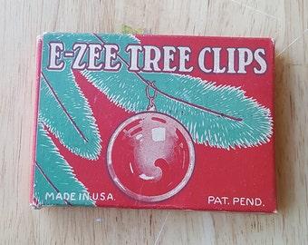 Vintage E-Zee Tree Clips Ornament Hangers Decorative Box