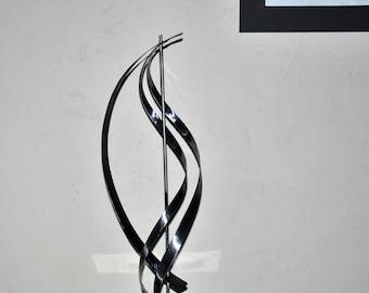 sculpture abstrait moderne en métal,art métal,déco métal,