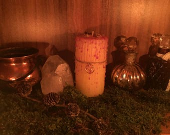 "Magic Candle ""Ostara"" Yellow Dragon Treasures Ritual candle Occult Wicca Witchcraft Gothic"