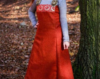 Woolen apron dress
