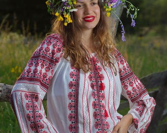 NEW hand embroidered Romanian folk blouse peasant bohemian top vishivanka