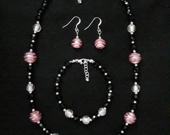 Murano Pink necklace, bracelet and earrings
