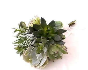 The maid of honor Gaia Bouquet: bouquet of Succulents in shades of Greens, Bridal headpiece, succulents
