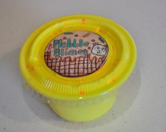 Banana split 4 oz daiso slime