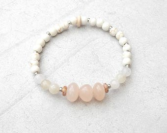 bracelet  natural gemstones, pink opal, jade and howlite, well-being, lithotherapy, softness and calm