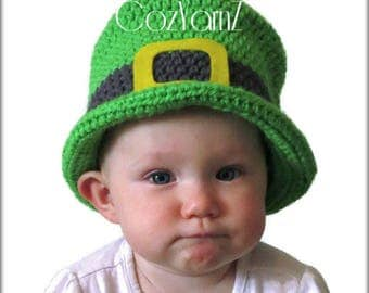 St. Patrick's Day top hat, green leprechaun hat, crochet baby hat, photo prop hat, green hat felt gold buckle, infant hat, 12 to 24 month