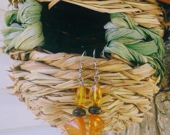 Handmade amber and black onyx earrings