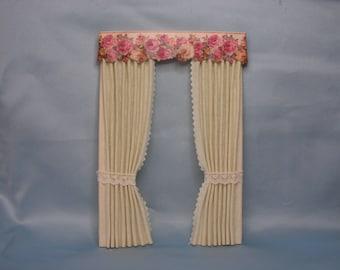 Curtain Roses 1:12