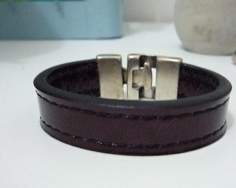 Burgundy/dark varnished leather strap