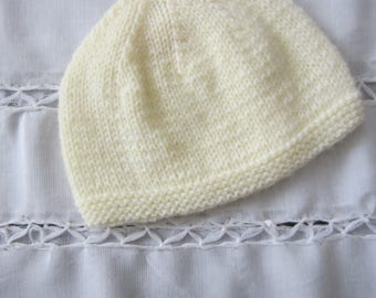 Newborn pastel yellow color baby Beanie/Hat - handmade knit baby wool