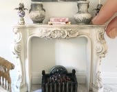 Miniature ornate fireplace mantel - french style - Dollhouse - Diorama - Roombox - 1:12 scale