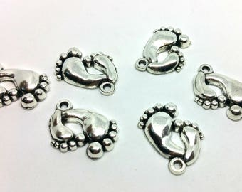 X 1 charm - Parent baby feet. Football Baby - Silver plate