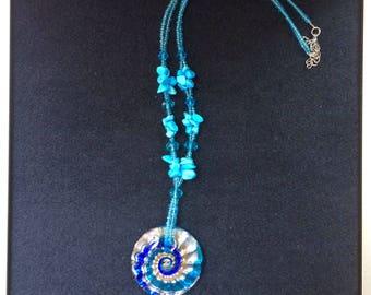 Round Swirled Glass Necklace