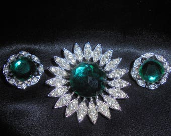 "Vintage Sarah Coventry ""Kathleen"" Emerald Green Brooch/Earring Set"