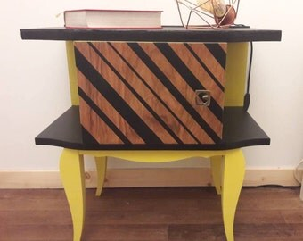 table de chevet etsy. Black Bedroom Furniture Sets. Home Design Ideas
