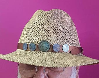 Shawl for adjustable hat