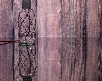 Whisky bottle table lamp with braided fabric cord