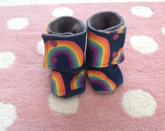 Baby shoes/Baby booties/Babywearing boots/Stay-on
