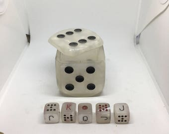 Spanish Poker Dice