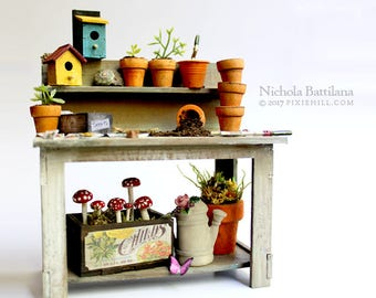 Wee Potting Bench