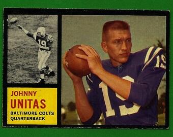 Johnny Unitas - 1962 Topps #1 Collectible Football Card (Baltimore Colts)