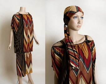 Vintage 1970s Dress - Op Art Psychedelic Window Pane Stained Glass Chevron Striped Oversize Boho Dress - Large Medium
