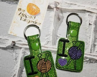 I Love Knitting - Glitter Vinyl Key Chain | Key Fob | Snap Tab | Project Bag Accessory