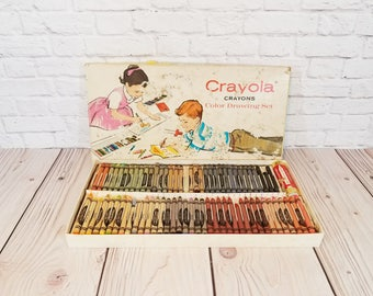 Vintage Crayola Crayons Color Drawing Set