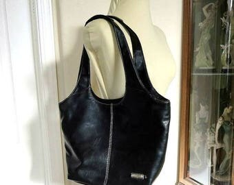 SALE Black Purse or Shoulder Bag Vintage by Minicci