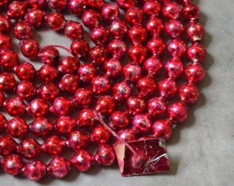 Vintage Candy Apple Red Glass Beaded Christmas Garland 57 in.